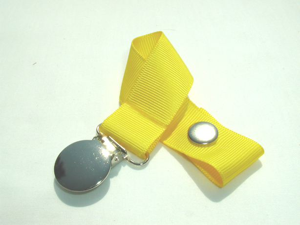 Daffodil Pacifier Holder-Daffodil Pacifier Holder