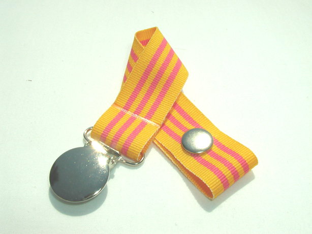 Mango Slide Pacifier Holder-Mango Slide Pacifier Holder
